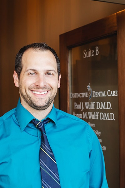 Prescott dentist Dr. Aaron Wulff who offers dentures